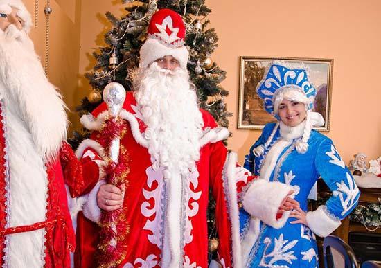 Новогодние корпоративы вместе с Дедом Морозом и Снегурочкой!